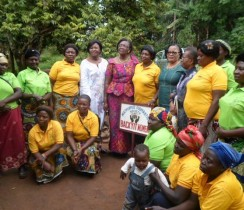 Women Peace Pommittee of Backyit, EEC women and the Coordinator  of the JPC Bamenda
